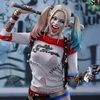 Hot Toys – MMS383 – Suicide Squad – 1/6th scale Harley Quinn Collectible Figure