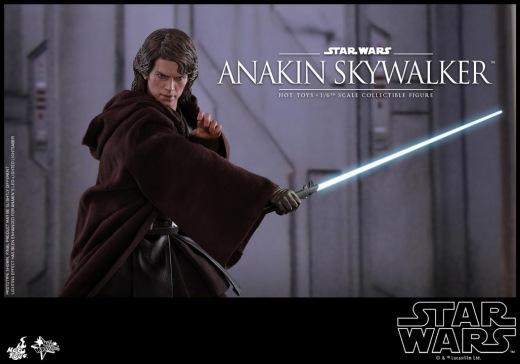 Hot Toys - Star Wars ROTS - Anakin Skywalker Collectible Figure_PR14.jpg