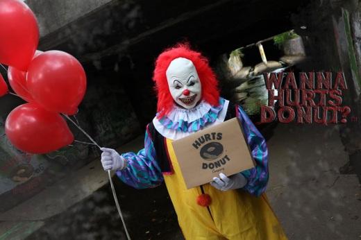 creepy-clown-donuts.jpg