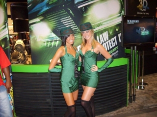 green-hornet-babes.jpg