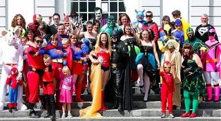 batman-cosplay-wedding.jpg