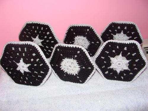 crochet-tie-fighter-2.jpg