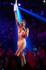 Miley Cyrus wtf.jpg