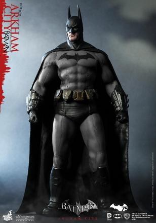 Hot Toys - Batman - Arkham City - Batman Collectible Figure_PR1.jpg