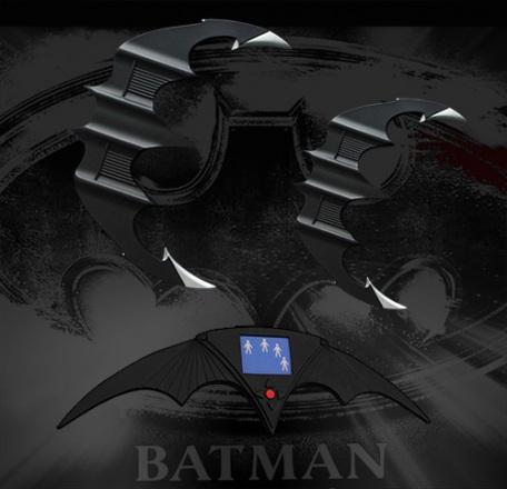 Batarang-Prop-Replicas-Set-003.jpg