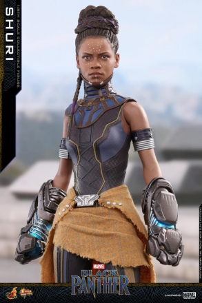 Hot Toys - Black Panther - Shuri collectible figure_PR1.jpg