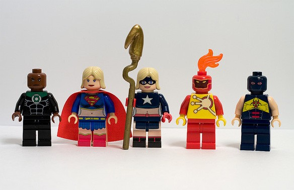 Julian Fong's Amazing Custom DC Comics LEGO Mini Figures ...