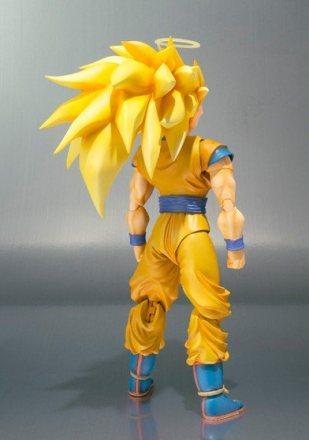 SH-Figuarts-Super-Saiyan-3-Goku-3.jpg
