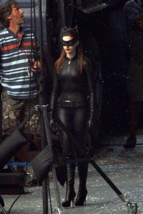 hathaway-catwoman-5.jpg