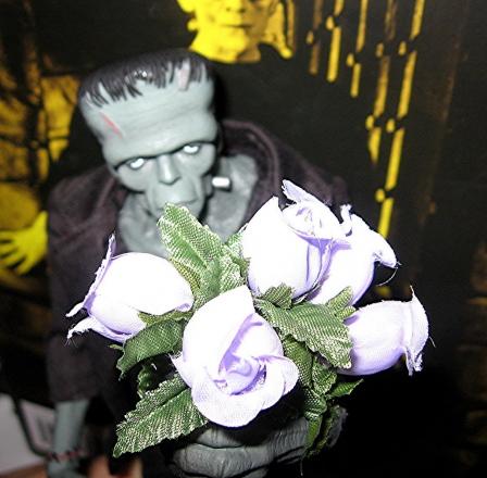 Mezco-Frankenstein-2.jpg
