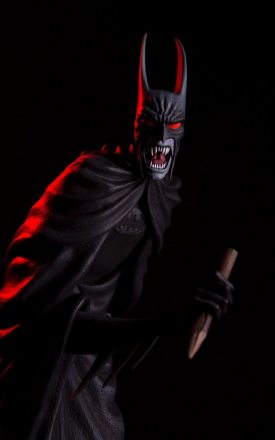 Mondo-Batman-Red-Rain-Statue-Exclusive-stake.jpg