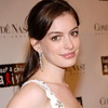 Anne Hathaway Joins Depp in Tim Burton's Wonderland Flick