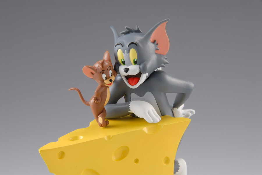 Organic Hobby Releases Tom & Jerry Vignette Collection Figures