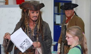 johnny-depp-pirate-school-mutiny_feat.jpg