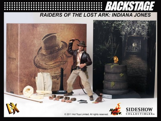 Hot Toys - Indiana Jones Backstage_1.jpg