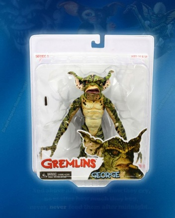 NECA-Gremlins-Figures-George_Pkg.jpg