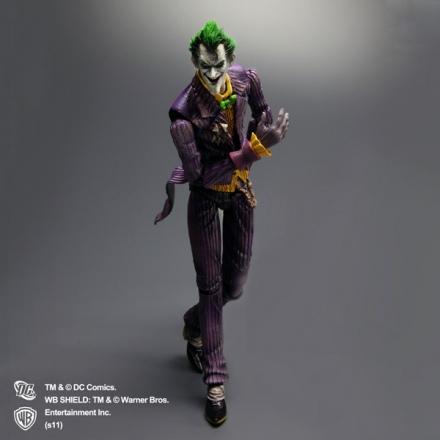 Arkham-Asylum-Joker-Play-Arts-Kai-1.jpg