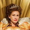 First Pics of Julia Roberts As Evil Queen in Snow White