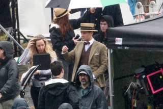 tobey-maguire-the-great-gatsby-set-photo-2.jpg
