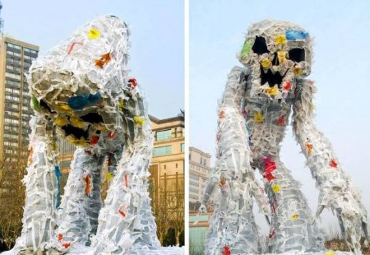 plastic-bags-monster-2.jpg
