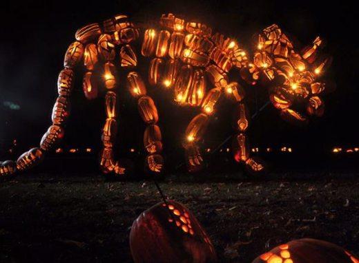 dinosaur_pumpkins_1.jpg
