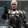 Hot Toys – RoboCop: 1/6th scale RoboCop (Battle Damaged Version) and Alex Murphy Collectible Figures Set