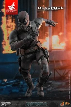 Hot Toys - Deadpool 2 - Deadpool Dusty Version Collectible Figure_11.jpg