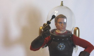 go_hero_buck_rogers_action_figure_feat.jpg