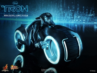 HT_Tron - Legacy - Sam Flynn Collectible Figure with Light Cycle_PR1.jpg