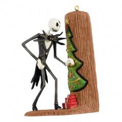 jack-sneaks-a-peek-christmas-keepsake-ornaments-qxd1004_518_1.jpg