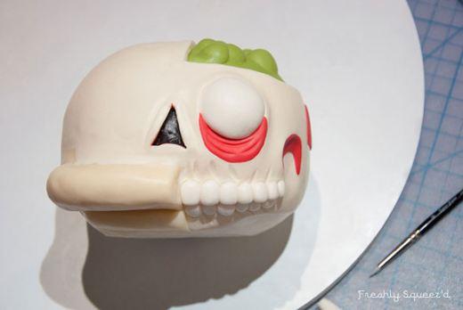 ralph-wiggum-cutout-cake-3.jpg
