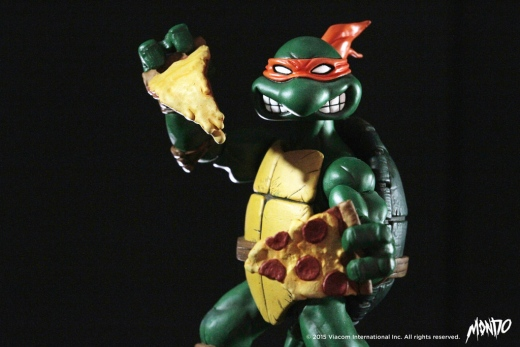 Mondo-TMNT-Michelangelo-Exclusive-001.jpg
