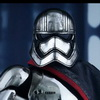 Hot Toys: Star Wars: The Force Awakens - 1/6th scale Captain Phasma Collectible Figure