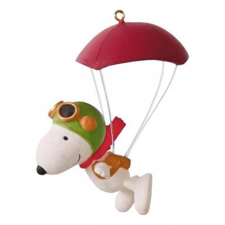 the-peanuts-movie-paratrooper-snoopy-ornament-root-1595qxi3284_1470_1.jpg