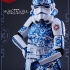 Hot-Toys---Star-Wars---Stormtrooper-Porcelain-Pattern-Version-Collectible-Figure_7.jpg