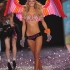victorias-secret-2009-runway-pictures-3.jpg