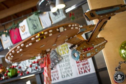 gingerbread-enterprise-2.jpg