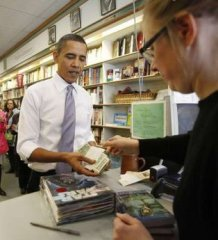 obama-buy-star-wars-book.jpg