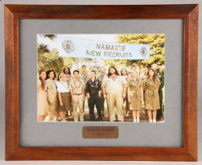 lost_framed-group-shot-of-1977-dharma-recruits.jpg