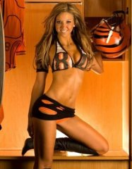 sarah-jones-bengals-cheerleader.jpg