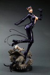 KOTOBUKIYA_CAT-WOMAN_DC_BISHOUJO_001.jpg