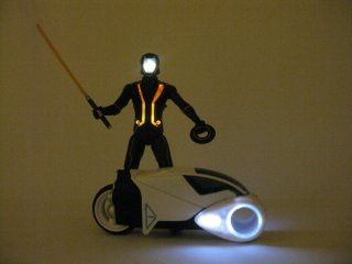 spinmasters_tron_legacy_Review_8.JPG