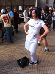 flo-progressive-insurance-cosplay.jpg