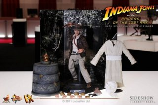 hot_toys_indiana_jones_2.jpg
