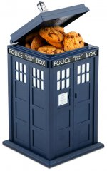 dodd_doctor_who_tardis_talking_cookie_jar.jpg