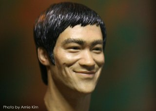 Bruce Lee head sculpt_Photo by Arnie Kim_2.jpg