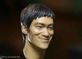 Bruce Lee head sculpt_Photo by Arnie Kim_3.jpg