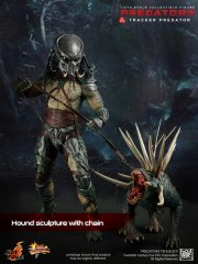 Hot Toys - Predators - Tracker Predator with Hound_1.jpg