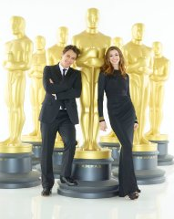 oscar-hosts-james-franco-anne-hathaway.jpg