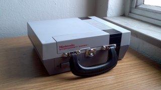 nes-lunchbox.jpg